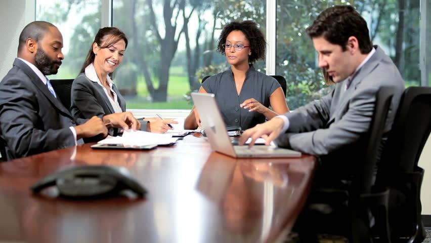 Dicas para alugar uma sala de reunião por hora - Espaço Certo Santos